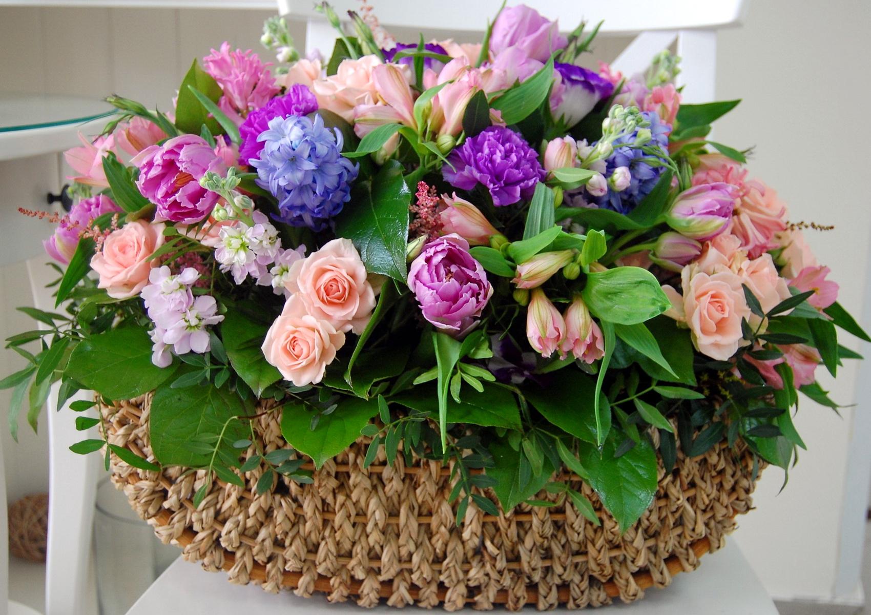 Фото с цветами поздравлениями